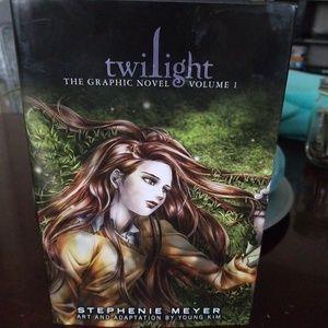 New Twilight Grafic Novel Hardcover